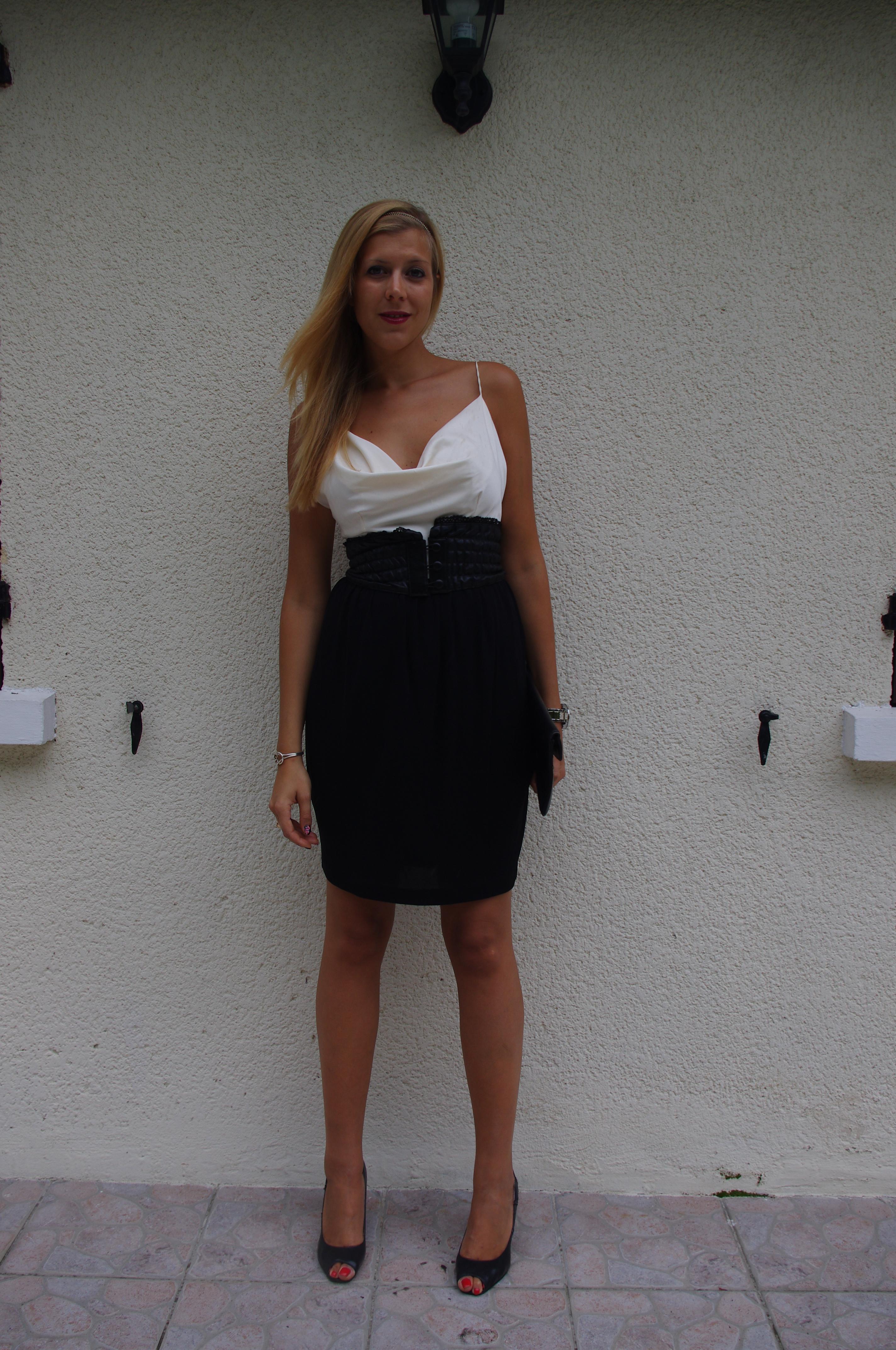 une robe qui en jette pour une soir e chic missglamazone missglamazone. Black Bedroom Furniture Sets. Home Design Ideas