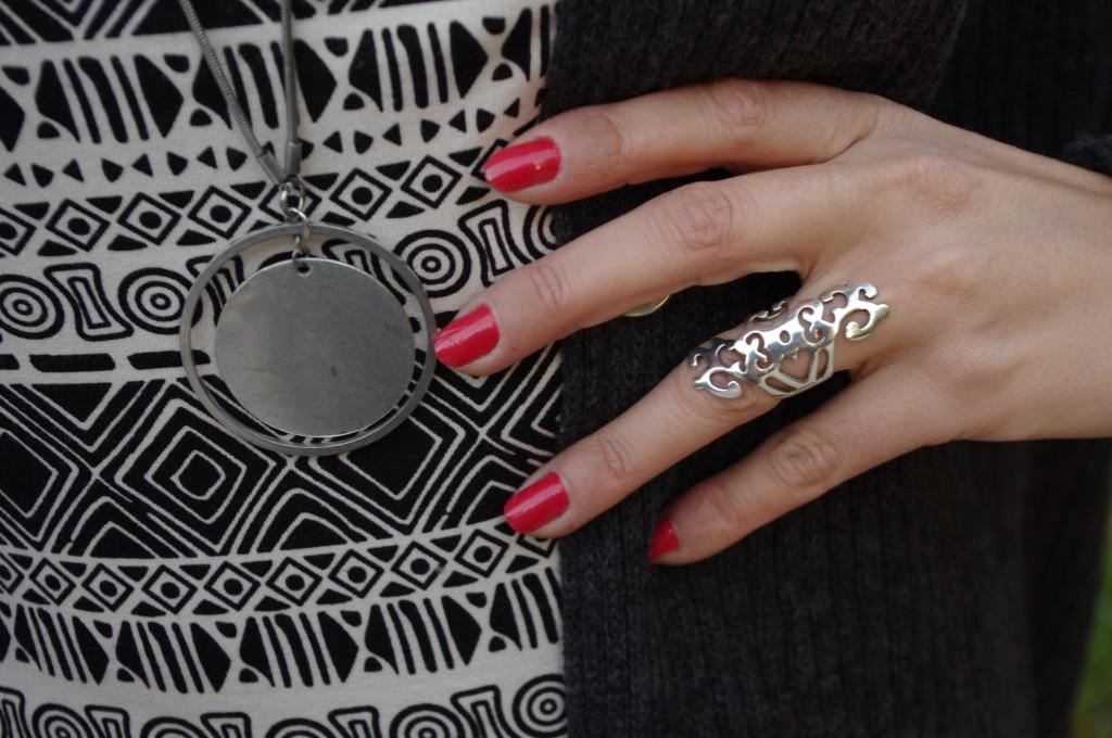 bijoux details
