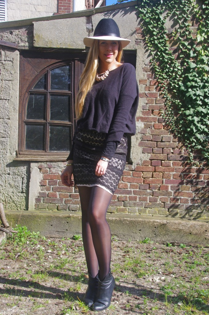 H&M, derhy, Camaieu, 3 suisses, Gemo, look du jour, ootd, chapeau, chapeau bicolore, chapeau laine, stetson, fedora, jupe en dentelle, jupe brodée, look casual chic, look sexy, blogueuse mode, blog mode, look, ootd, ootn