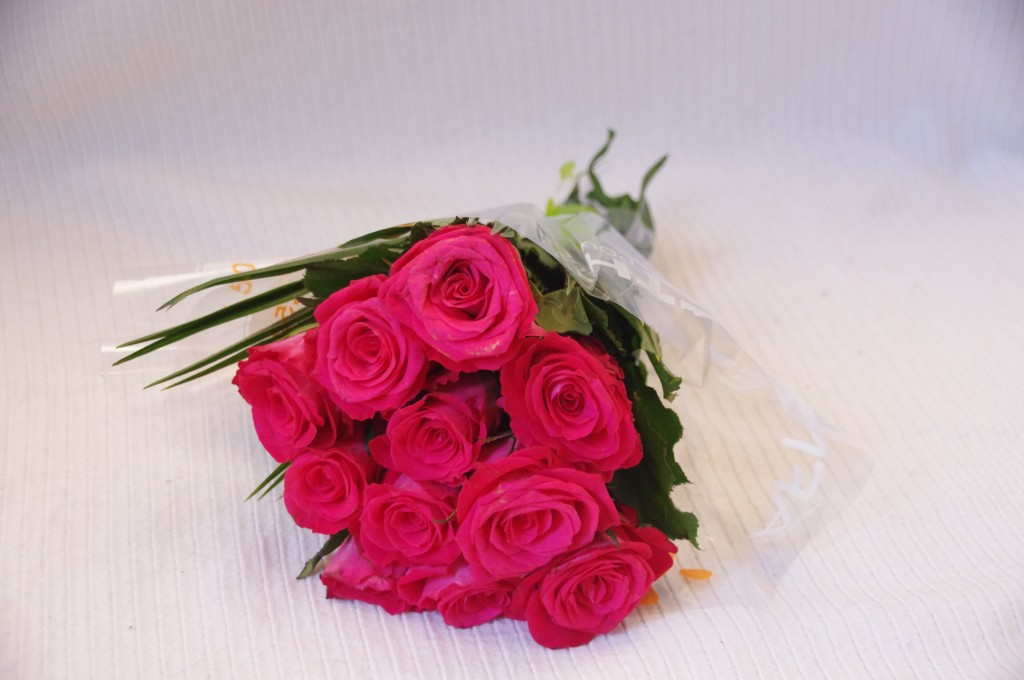 Telethon, telethon 2015, bouquet, roses, bouquet roses