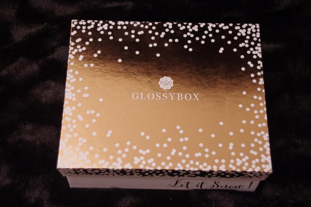 let it snow, rose gold box, box edition limitée, box de noel, cadeau de noel pas cher, idée cadeau beauté, glossybox, avis, test, revue, review, blogueuse mode, blogueuse beauté, youtubeuse