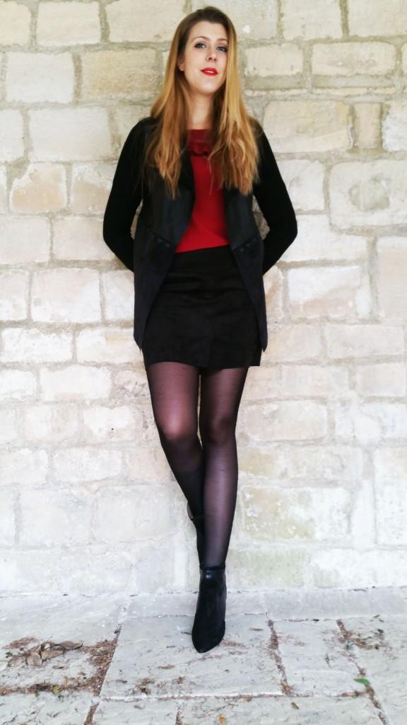 veste souple, veste bimatière, veste bi-matière, stradivarius, chemisier vintage, look vintage, look rétro, chemisier rétro, blouse bordeau, blouse dentelle, blouse à volant, blouse originale, kiloshop, jupe suédine, jupe simili cuir, jupe façon cuir, nafnaf, bottines cuir et daime, bottines daim, promod, bottines sexy, bottines hautes, look rouge et noir, jeanne mas, blog mode, blogueuse mode, look femme, tenue du jour, ootd, ootn, style femme tendance