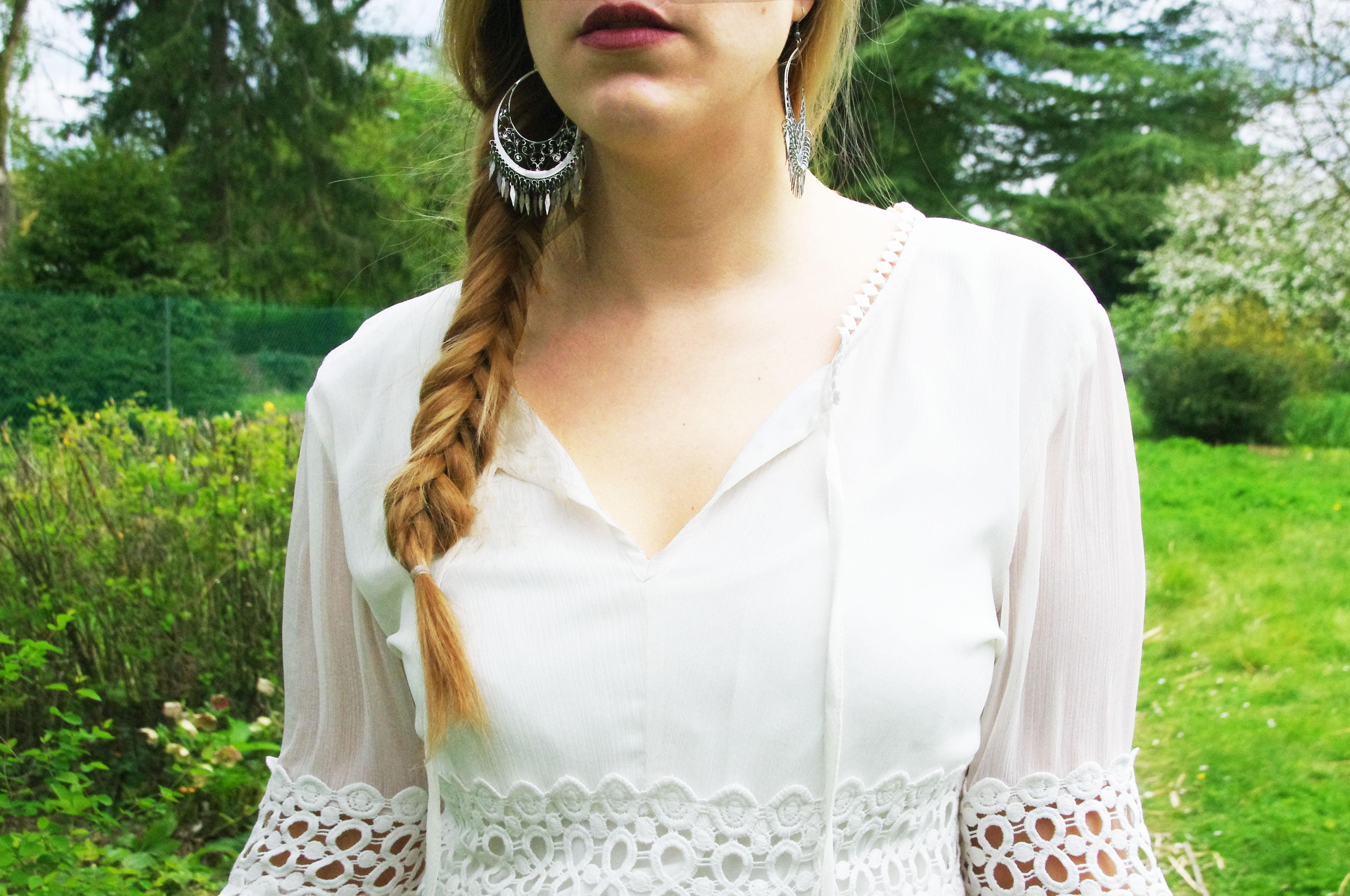Robe blanche dentelle stradivarius