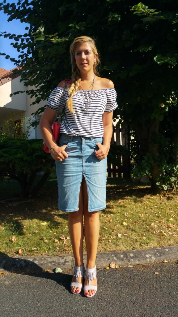 look, ootd, ootn, tenue été, mode femme, look tendance, marinière, épaules dénudées, jupe midi en jean, jupe crayon jean, escarpins franges, boho, gipset, sac rouge, nat et nin, collier ethnique, h&m, babou, blog mode, blogueuse mode