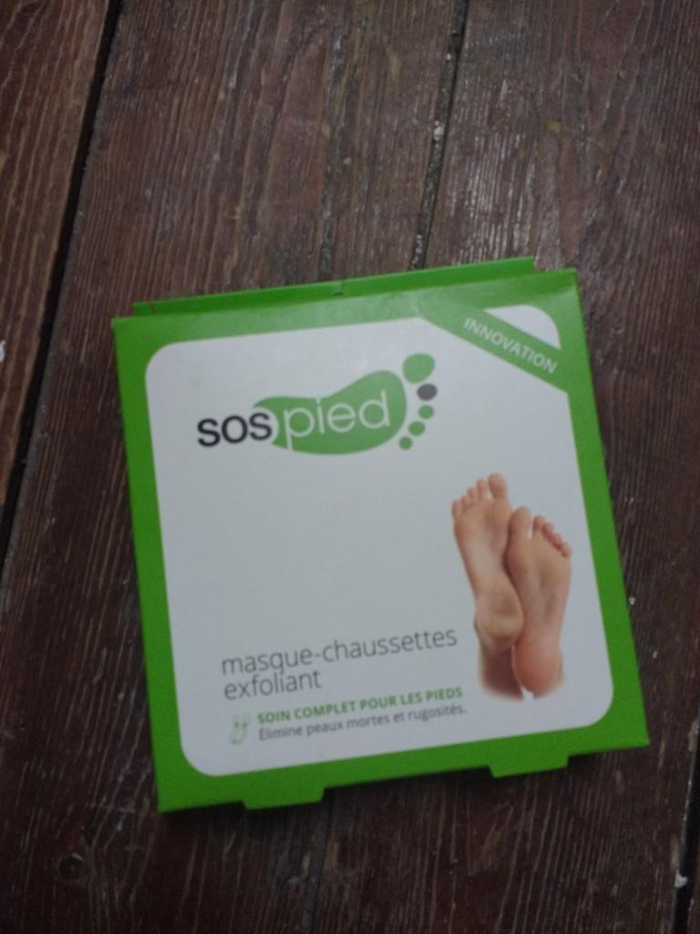 baby foot, peeling chimique, peeling maison, pédicure maison, peeling pieds, gommage pieds, soin des pieds, avis, test, revue, review, blog beauté, blogueuse beauté