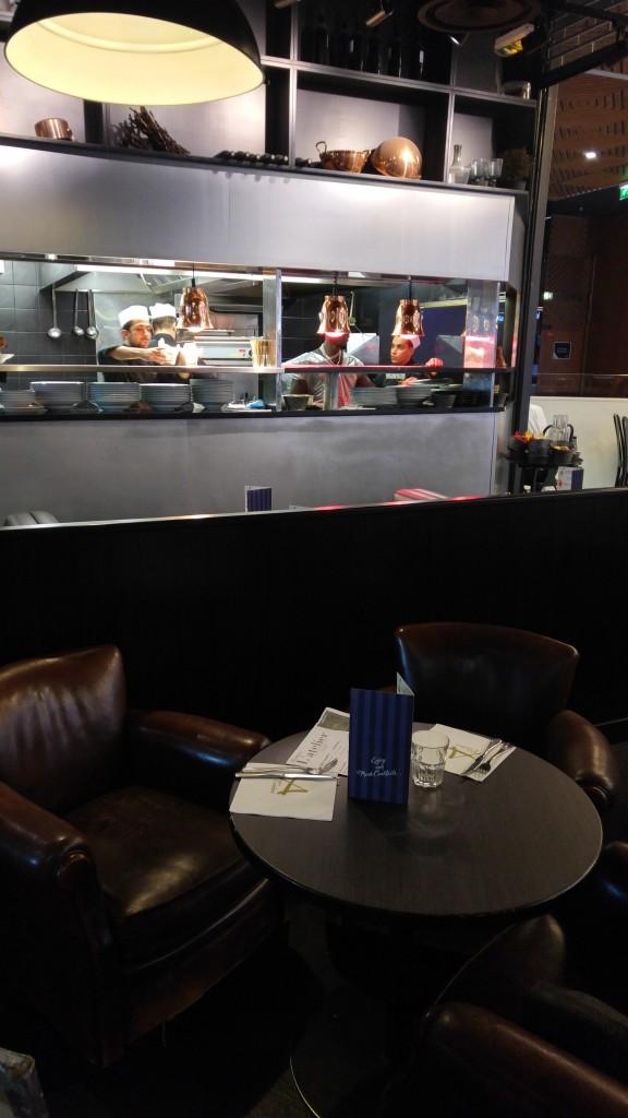 aeroville, restaurant 93, bon plan gastronomique, Bistro l'atelier, avis, test, revue culinaire, critique gastronomique, repas aeroville, restaurant, burrata, cheeseburger, brioche perdue, blog cuisine, blogueuse cuisine