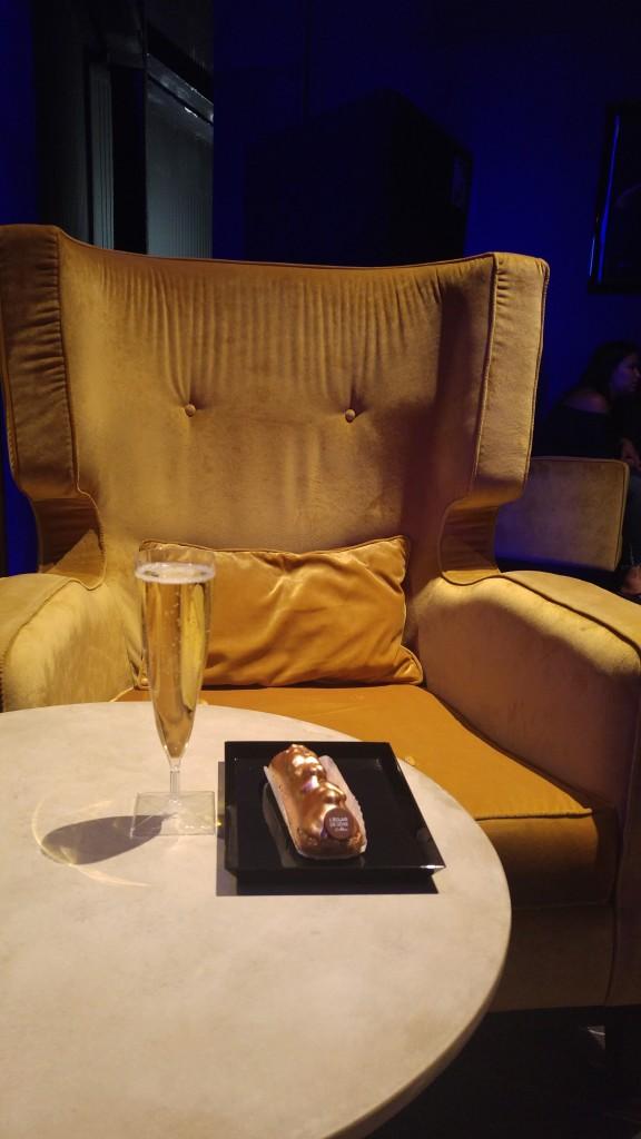 europacorp, cinémas, cinéma allongé, cinéma américain france, aeroville cinema, cinema luc besson, eclair de génie, champagne, test, avis, blog cinéma