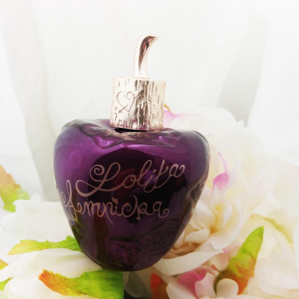idée cadeau, wishlist, cadeau de noel femme, cadeau femme, parfaum, parfum femme, lolita lempicka, nouveauté parfum, parfum sucré femme, beauté, blog beauté, blogueuse beauté, avis parfum lolita lempicka, test parfum, french perfume, parfum couture