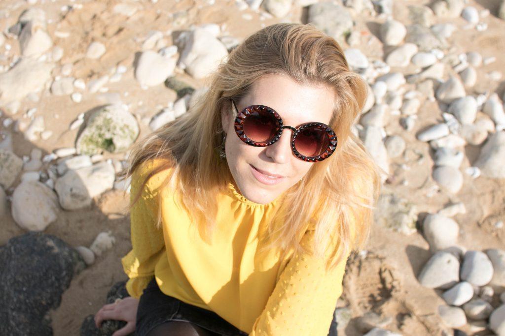La rochelle, ootd, ootn, tenue du jour, look, blogeuuse mode, blog mode, primark, stradivarius, office, vintage, zerouv, blouse boheme, blouse plumetis, jupe seventies, jupe jean boutonnée, look à la mer, journée plage, voyage de presse, voyage blogueur