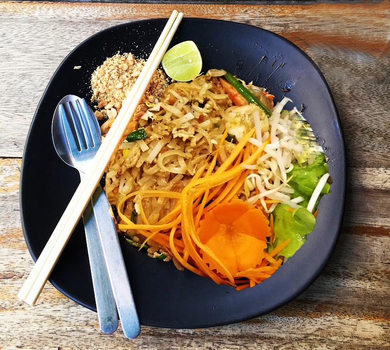 food, livraison a domicile, test, avis, cuisine exotique, cuisine lointaine, blog culinaire paris, blog food paris, thailandais, alloresto