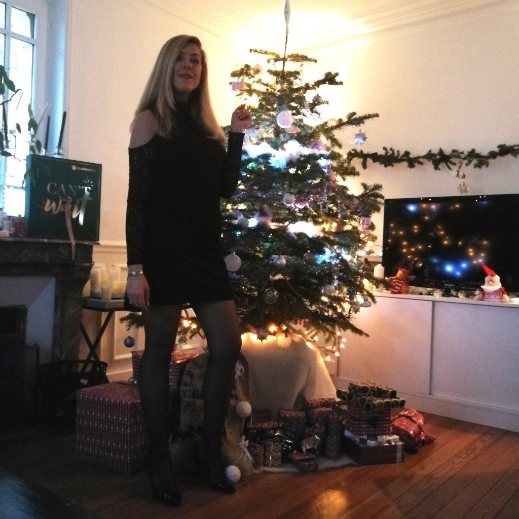 look de fête, nouvel an, look reveillon, look soirée, bonne année, blogueur, blogueuse mode, robe dentelle, robe épaules dénudées, louboutin like, escarpins façon louboutin pas cher, blazer rouge, veste rouge, look rouge et noir, idée look