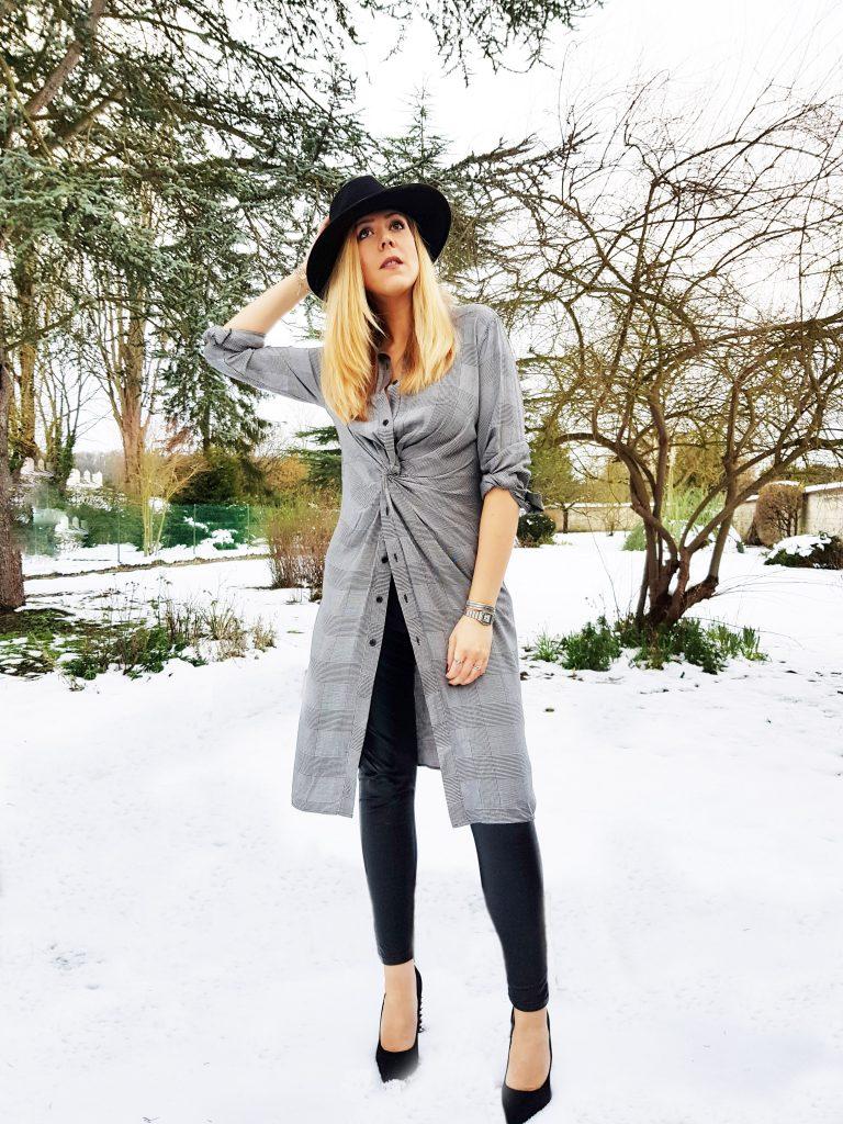 look, robe chemise, soldes, escarpins clous, studded heels, legging cuir, fedora, chapeau large, look rock, glamrock, hippie chic, gypset, ootd, tenue du jour, look d'un jour, style du jour, idée de look femme, look tendance femme, blog mode, blogueuse mode